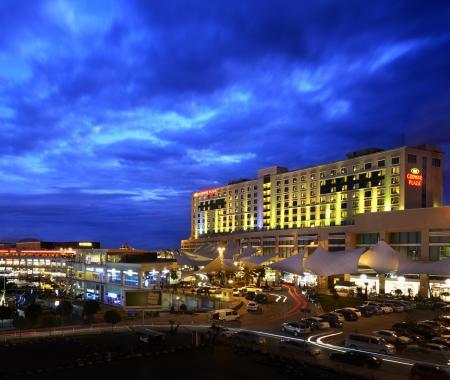 Anadolu Yakası'nın tek yeşil yıldızı Crowne Plaza İstanbul Asia'ya