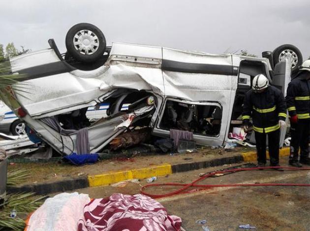 Antalya'da tur minibüsü kazası: 3 turist öldü