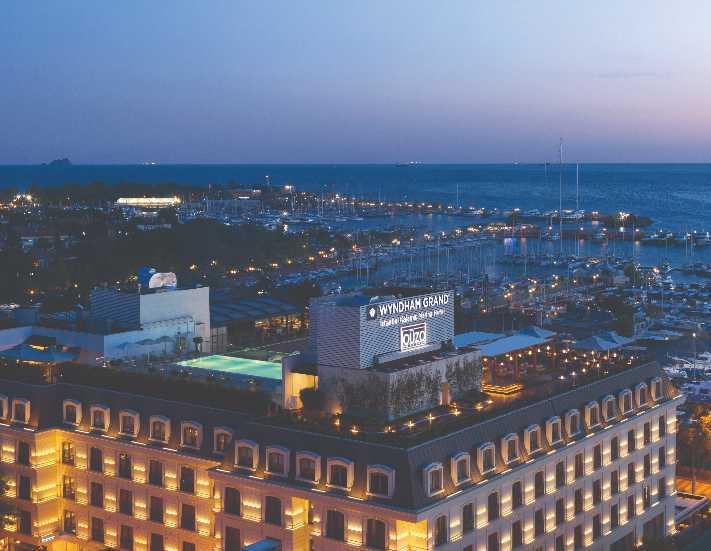Wyndham Grand İstanbul Kalamış Marina, Anadolu Yakası'nın yıldızı oldu