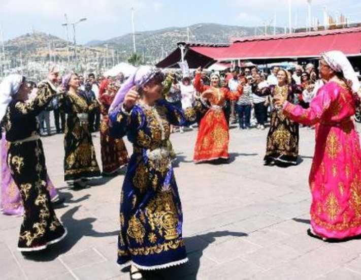 Bodrum'da turizm sezonunutörenle açıldı