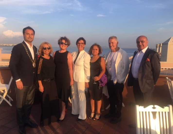 Skal International İstanbul'un eşli gecesi gerçekleşti