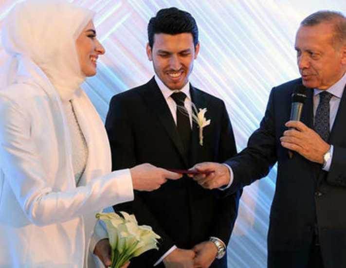 Bakan Kurtulmuş kızını evlendirdi