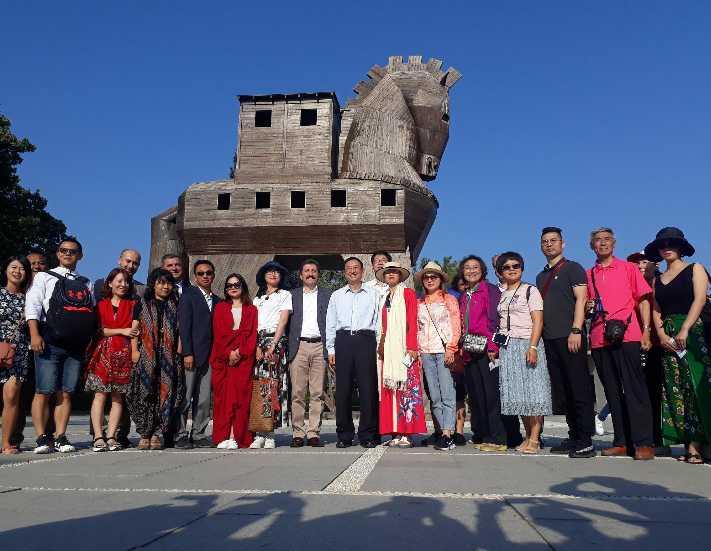 Çin Halk Cumhuriyeti Kültür ve Turizm Bakanı Troya'yı ziyaret etti