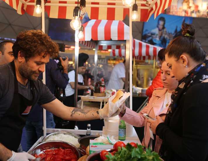 İstanbul'un sokak lezzetleri Kanyon'da buluşuyor