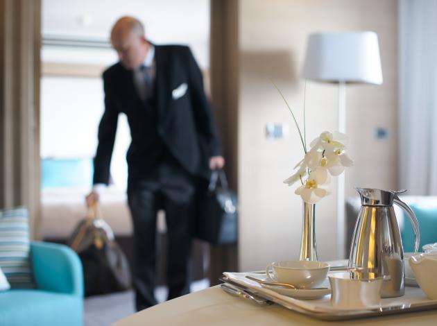 Otel çalışanları az kazananlar arasında