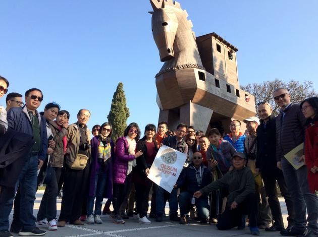 Çinli turistlerden 'Troia 2018'e destek