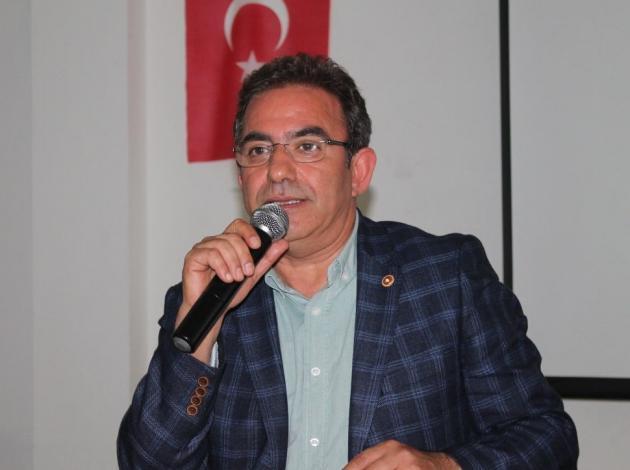 Budak: Turizm Bakanı rakamlardan habersiz