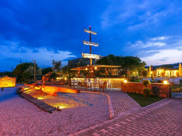 Assos'un ilk ve tek denizcilik temalı oteli!