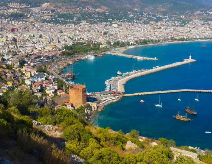 Antalya'nın göz bebekleri imara açıldı