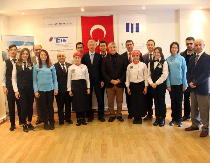 Turizmde okul - sektör işbirliği