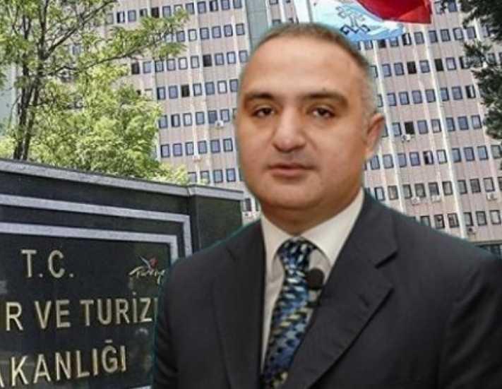 Bakan Ersoy maaşını bağışladı