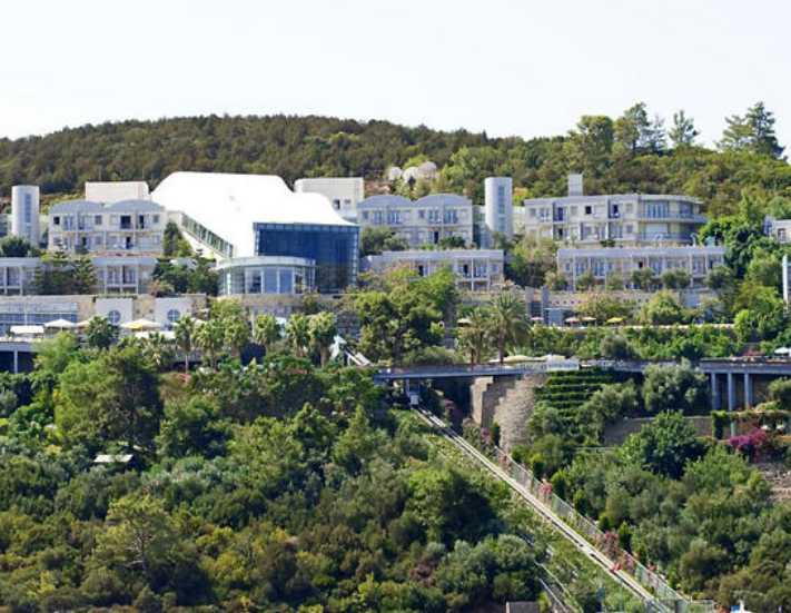 Ünlü otel 30 Milyon Euro'ya satıldı