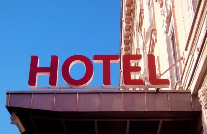STR otelleri sömürüyor mu ?