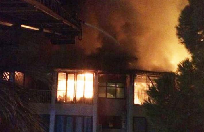 Butik otel yangında kül oldu