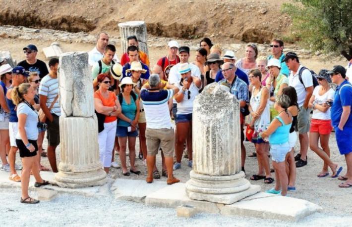 turist rehberi ile ilgili görsel sonucu