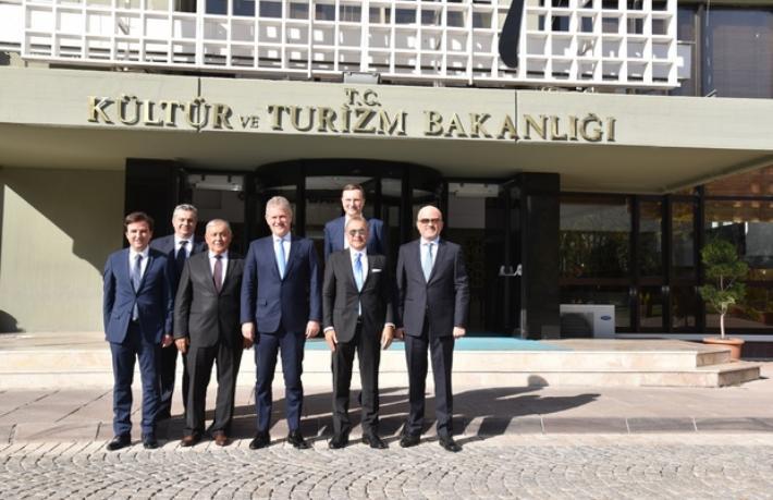 İzmirli turizmcilerden Ankara çıkarması