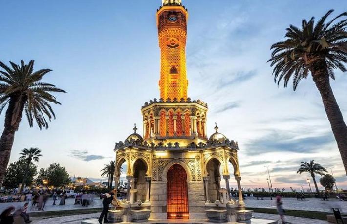 Alman turistin Antalya ilgisi İzmir'e kaydı