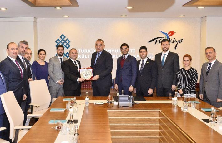 Ankara Turizm Çalıştayı'na Bakan Ersoy'dan destek