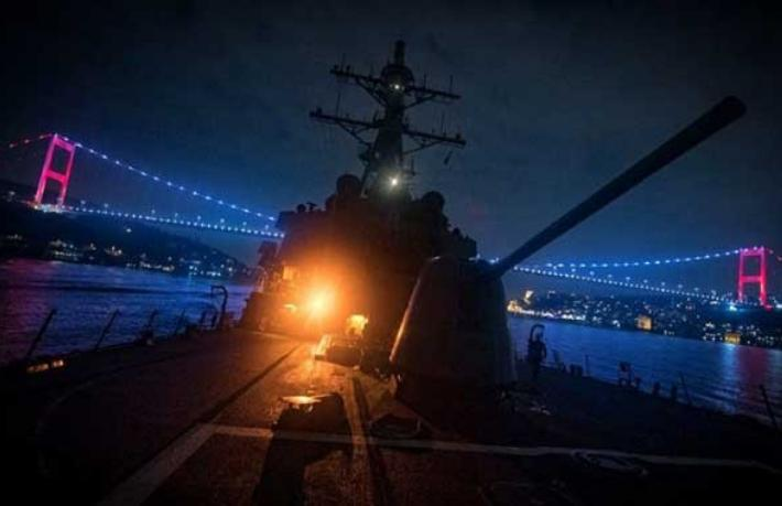 ABD Donanması, İstanbul Boğazı'nı profil fotoğrafı yaptı