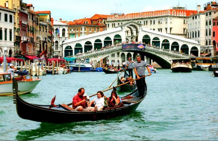 Rezervasyon yaptırmayan Venedik'i gezemeyecek