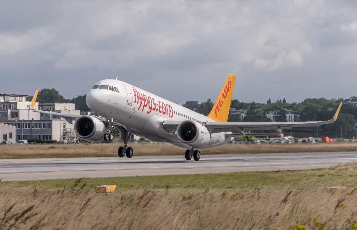 Pegasus Eindhoven ve Kazablanka'ya uçacak