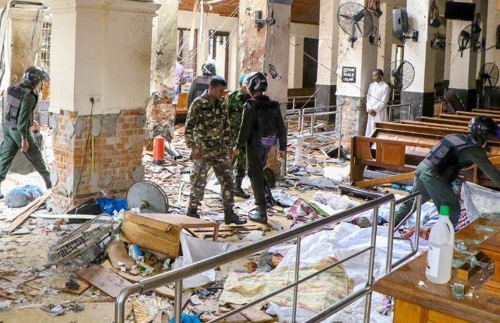 Sri Lanka'da üç otel ve üç kilisede patlama