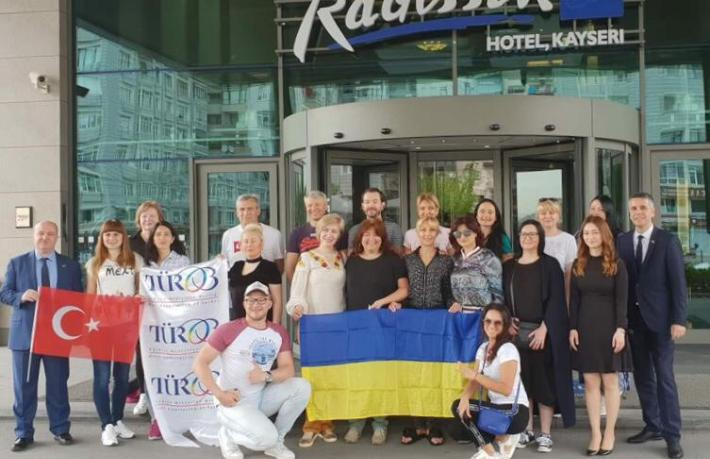 Ukraynalı turist sahilden uzaklaşıyor mu?
