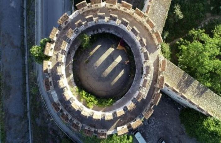 16 asırlık İstanbul surları tehlike altında