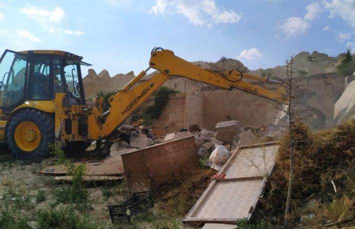 Kapadokya'da yıkım yeniden başladı