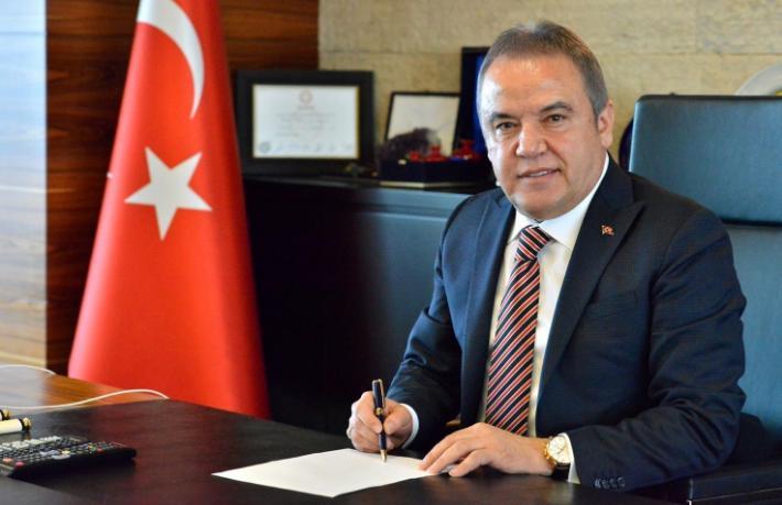 Başkan Böcek'ten 'Tünektepe'ye otel' açıklaması