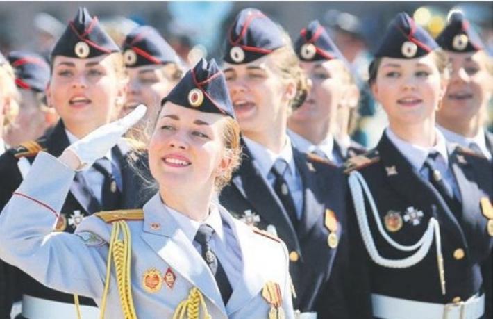 250 bin Rus polis ve ailesi tatile geliyor