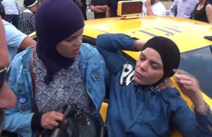 Taksici yine turist dövdü