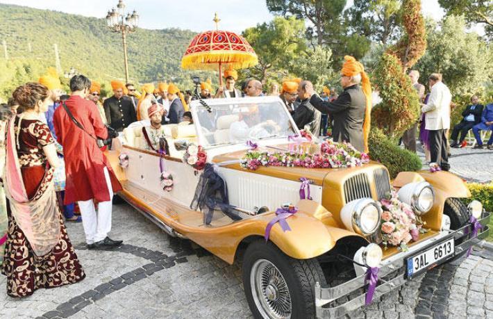 Hindistan tüm düğünlerini bizde yapsın