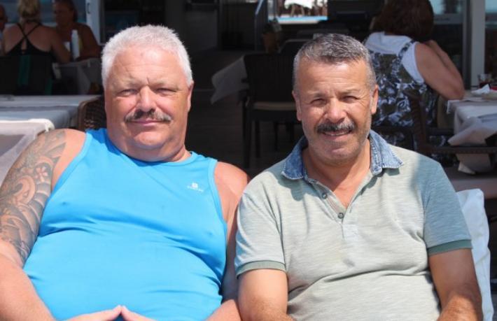 Otel çalışanı ve Alman turistin 30 yıllık dostluğu