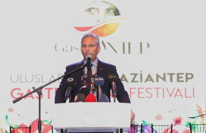 Firuz Bağlıkaya seçim startını Gaziantep'ten verdi