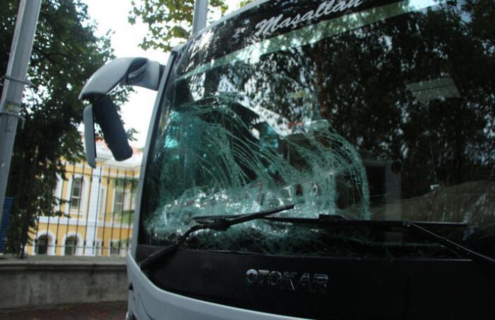 Beşiktaş'ta turist midibüsü kazası