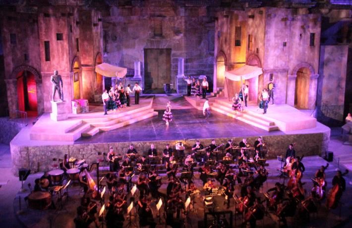 Aspendos'u parlat, sanat turizminde öne geç