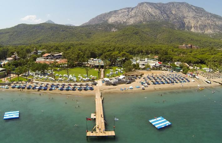 Ünlü tatil köyünü Sönmez Holding satın aldı