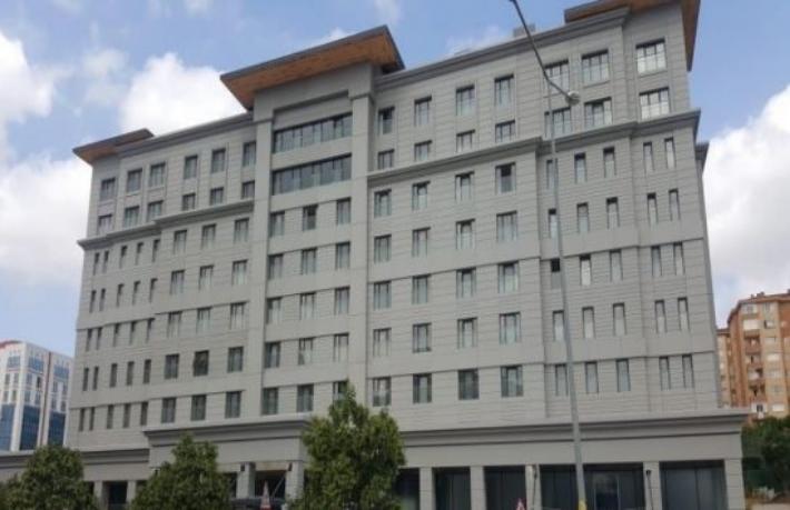 Aynı binada iki farklı otel