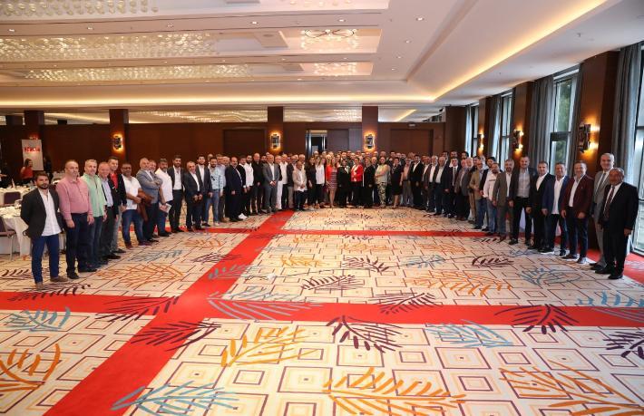 TÜRSAB Başkanı Bağlıkaya Bursalı seyahat acenteleriyle buluştu