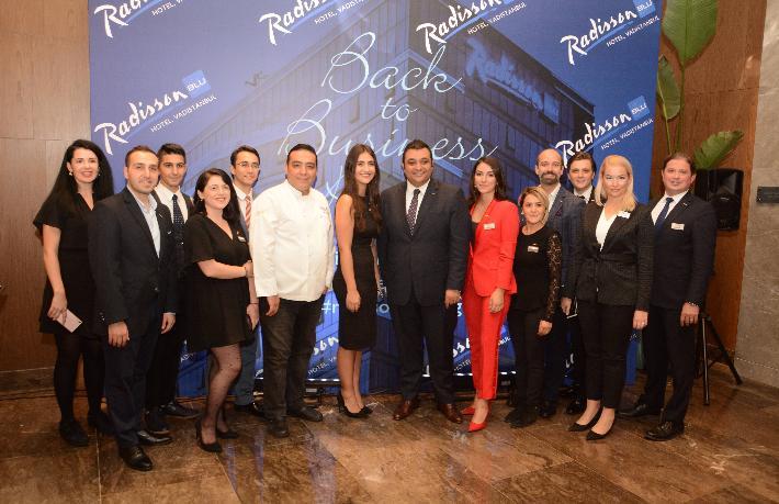 Radisson Blu Hotel Vadistanbul'dan iş dünyasını buluşturan parti