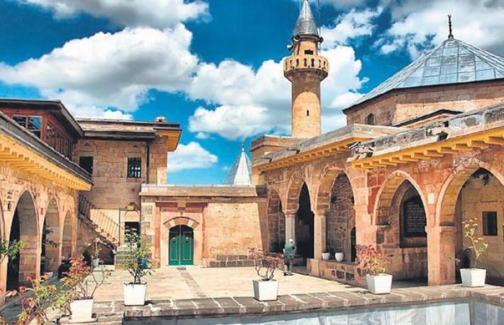 İkonion'dan Konya'ya.. Gönüller şehrine yolculuk