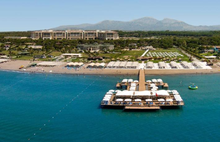 Belek'te 22 oteli üzen karar