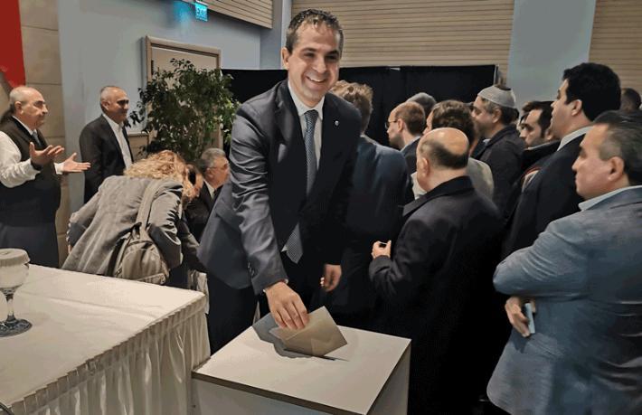 AKTOB Erkan Yağcı'yla 'Devam' dedi