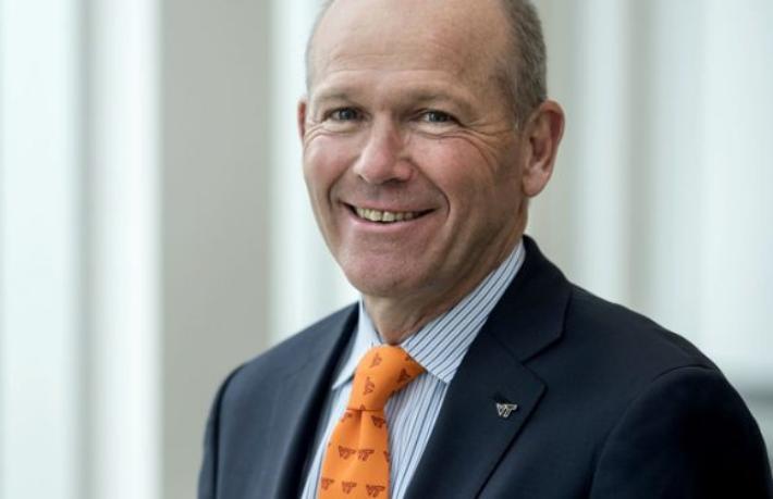 Boeing'in yeni CEO'su göreve başladı