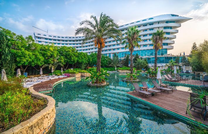 Concorde De Luxe Resort'aAltın Ödül