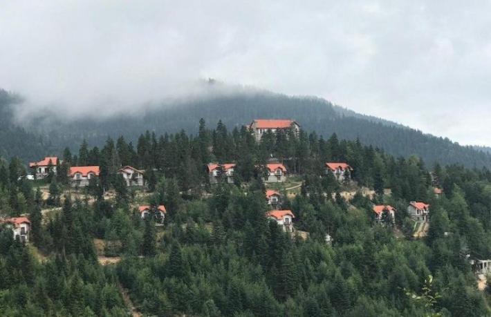 Dağın tepesindeki otele devlet kasasından pist mi yapılacak?