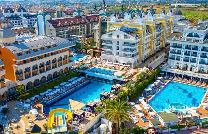 Dream World Hotels zincirine 2 yeni halka