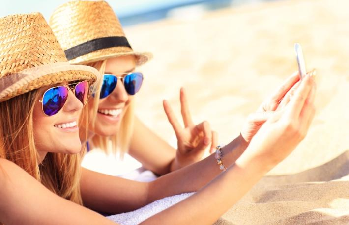Rus turist kış tatilinde de güneşi tercih etti