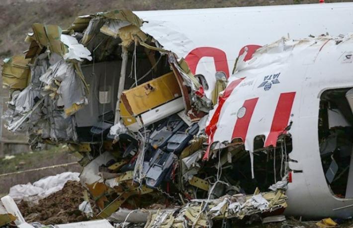 Bakan Turhan: Pegasus'un pilotu aciz kalmış